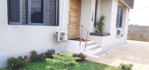 3 bedroom Flat / Apartment for sale - Bucknor Isolo Lagos