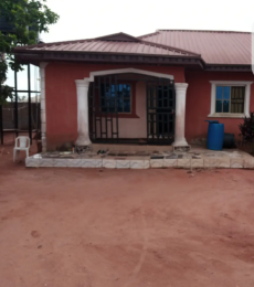 3 bedroom Detached Bungalow House for sale Alongason Street, Ovbiogie Benin City Oredo Edo