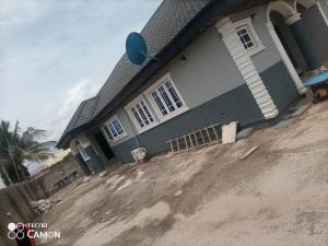3 bedroom Detached Bungalow for sale Ayodade Alafara Nihort Idishin Ibadan Oyo