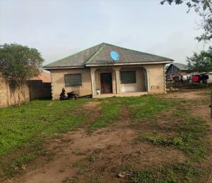3 bedroom Detached Bungalow House for sale Odo ona Ibadan Oyo