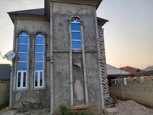 10 bedroom Semi Detached Duplex House for sale shelewu road igbogbo  Igbogbo Ikorodu Lagos