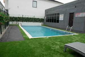 3 bedroom Detached Duplex for shortlet Orchid Road, Lekki Lagos