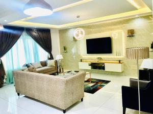 3 bedroom Penthouse Flat / Apartment for shortlet chevron Lekki Lagos