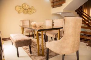 3 bedroom Detached Duplex House for shortlet ONIRU Victoria Island Lagos