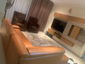 3 bedroom Flat / Apartment for shortlet Along Shoprite Circle Mall, Via Femi Okunnu Estate Road Lekki Phase 2 Lekki Lagos