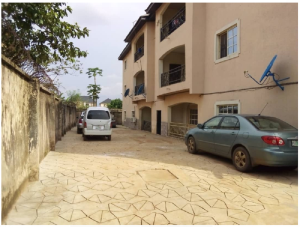3 bedroom Blocks of Flats House for sale Close to Profs Avenue Spibat Owerri Imo