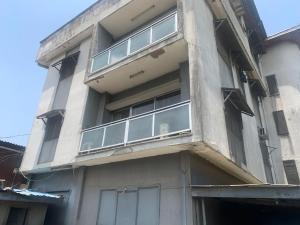 3 bedroom Blocks of Flats for sale Onike Iwaya Onike Yaba Lagos