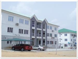 3 bedroom Blocks of Flats House for sale Kubwa Abuja
