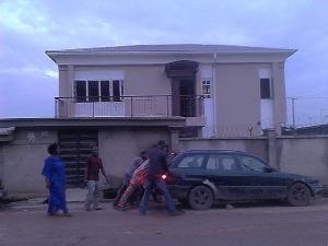 3 bedroom Flat / Apartment for rent Olatunji Street Ojota Ojota Lagos