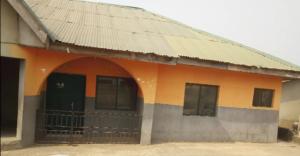 3 bedroom Flat / Apartment for rent Olodo Garage Area Egbeda Oyo