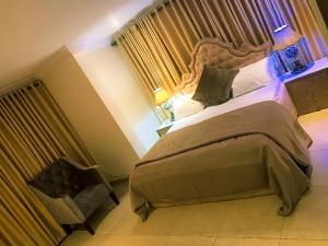 3 bedroom Blocks of Flats House for shortlet 11 Olusesi street chevron Lekki Lagos