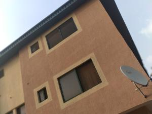 3 bedroom Flat / Apartment for rent Valley view Estate  Ikeja Cement Agege Lagos