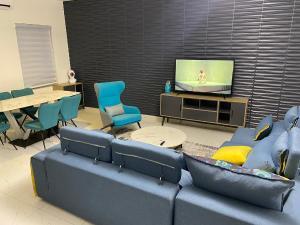 3 bedroom Self Contain for shortlet Lekki Lagos