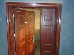 3 bedroom Blocks of Flats House for rent bamgbose street,camposs,lagos island Lagos Island Lagos Island Lagos