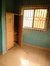 3 bedroom Blocks of Flats House for rent Kute wofun alakia Ibadan  Alakia Ibadan Oyo