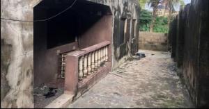 3 bedroom Flat / Apartment for sale Benson Ikorodu Lagos