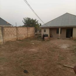 3 bedroom Detached Bungalow House for sale Moganan elebu off akala express Ibadan.  Akala Express Ibadan Oyo