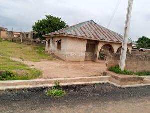 3 bedroom Detached Bungalow House for sale Agara Estate, Beside Kaola International School Akala Express Ibadan Oyo