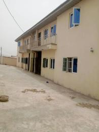 3 bedroom Penthouse Flat / Apartment for rent Peluseriki Axis Akala Express Ibadan Oyo