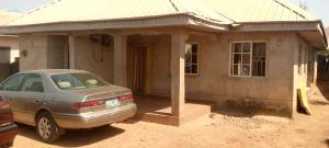 3 bedroom House for sale Close To Learner's Junction. Angwan Meigero Chikun Kaduna