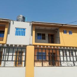 3 bedroom Flat / Apartment for rent Behind DSS quarters, Ile titun area Idishin Ibadan Oyo
