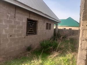 3 bedroom Blocks of Flats House for sale Ungwan Maigero Close Chikun Kaduna