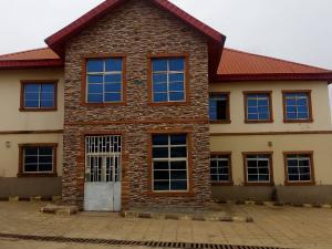 3 bedroom Blocks of Flats House for rent Old Ife Road Agodi Ibadan Oyo