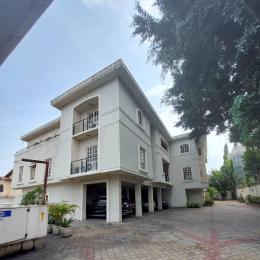 3 bedroom Blocks of Flats House for rent z Parkview Estate Ikoyi Lagos