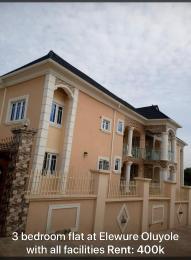 3 bedroom Shared Apartment Flat / Apartment for rent Ike oluwa mosque off Elewure,Akala express. Akala Express Ibadan Oyo