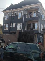 3 bedroom Blocks of Flats House for rent Banire str, off fashoro Ojuelegba Surulere Lagos