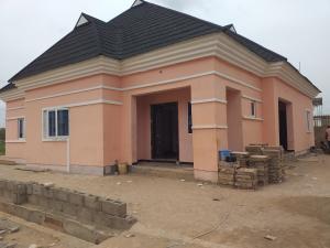 3 bedroom Detached Bungalow House for sale Mowe Town, 5 Minutes Drive from Mowe busstop, Off Ibadan Expressway. Mowe Obafemi Owode Ogun