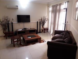 3 bedroom Flat / Apartment for shortlet Bourdilon Court Estate  chevron Lekki Lagos