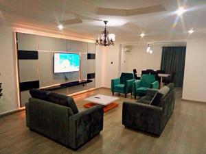 3 bedroom Mini flat Flat / Apartment for shortlet ondo street Banana Island Ikoyi Lagos