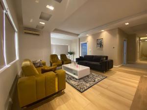 3 bedroom Flat / Apartment for shortlet Shoreline Estate  Mojisola Onikoyi Estate Ikoyi Lagos