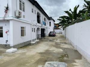 Flat / Apartment for rent Lawanson Surulere Lagos