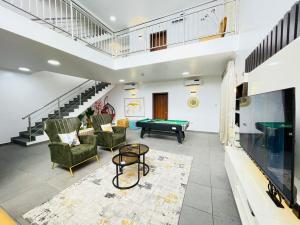 3 bedroom Flat / Apartment for shortlet Off Chief Collins Lekki Phase 1 Lekki Lagos