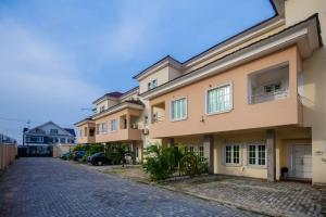 3 bedroom Terraced Duplex for sale Osborne Foreshore Estate Ikoyi Lagos