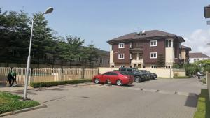 3 bedroom Flat / Apartment for sale Kusenal Road Yetville Estate. Lekki Phase 1 Lekki Lagos