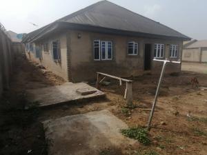 3 bedroom Blocks of Flats House for sale Emoo area, olodo bank, after iwo road olodo Ibadan.  Iwo Rd Ibadan Oyo