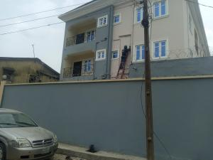 3 bedroom Flat / Apartment for rent Off lawason Lawanson Surulere Lagos