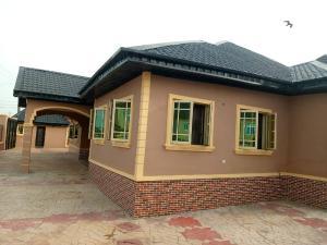 3 bedroom Detached Bungalow House for sale Ibadan Oyo