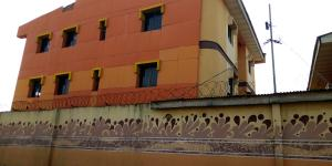 4 bedroom Hotel/Guest House Commercial Property for sale Wale Adenuga street Orilowo Ejigbo Lagos