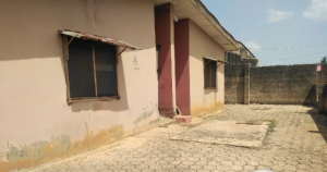 7 bedroom Blocks of Flats House for sale CLUB 20 AXIS CLOSE TO AGAPE CHURCH  Akure Ondo