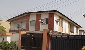 3 bedroom Flat / Apartment for rent  Off Ogungbela Avenue, Okota Isolo Lagos