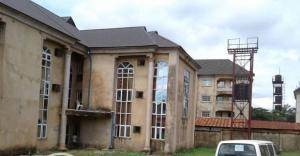 10 bedroom Hotel/Guest House Commercial Property for sale near Enugu portharcourt expressway Enugu Enugu