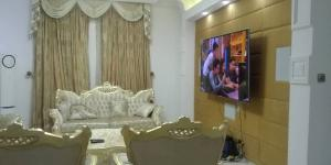 10 bedroom Blocks of Flats House for sale Jabi Abuja Jabi Abuja