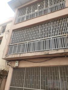 3 bedroom Blocks of Flats for sale Oduduwa Road Aguda Surulere Lagos