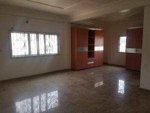 3 bedroom Shared Apartment Flat / Apartment for rent Osapa london Lekki Lagos