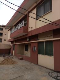 3 bedroom Flat / Apartment for rent Williams estate by census market; Adelabu Surulere Lagos