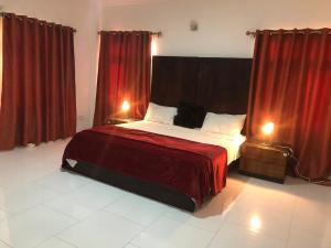 3 bedroom Flat / Apartment for shortlet Oniru, VI  ONIRU Victoria Island Lagos